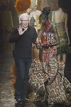 Jean Paul Gaultier Spring 2005 Couture Fashion Show - Jean Paul Gaultier with Alek Wek