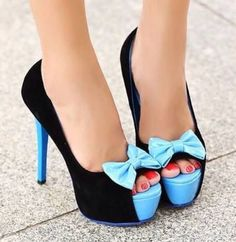 These shoes would be perfect for a formal event!! So cute!!