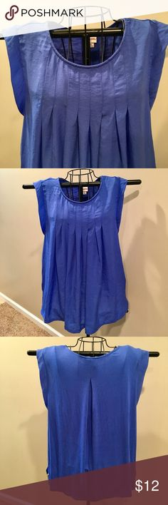 """Merona royal blue pintuck blouse, NWOT NWOT Merona royal blue pintucked blouse, XL. Soft, lightweight, and beautiful. Measurements are: length from shoulder to hem 25"""", underarm to underarm 22"""", neck depth is 5-1/2"""". Fabric : Front woven is 100% polyester, back knit is 96% rayon and 4% spandex. Merona Tops Blouses"""