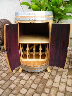 Weinfass Weinschrank Mit Weinregal Fur 12 Flaschen Fassbar Barfass Unikat