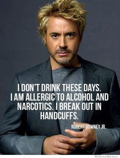 funny photos, Robert Downey jr, break out in handcuffs Robert Downey Jr., Hawkeye, Iowa, Hot Men, Sexy Men, Jm Barrie, The Meta Picture, Funny Quotes, Funny Memes