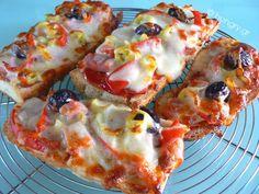Pizza Express Pizza Express, Kitchen Stories, Calzone, Hawaiian Pizza, Vegetable Pizza, Vegetables, Food, Vegetable Recipes, Eten
