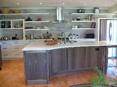 Another great kitchen by Ontario cabinet master Tim Singbeil - ecoinhabit.com