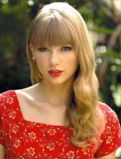 Hot Celebrities : Photo