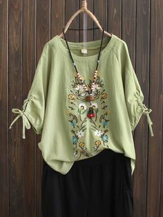 Floral Casual Round Neckline Sleeves, Blouses - Light Green / S Kurti Embroidery Design, Floral Embroidery, Casual Dresses, Fashion Dresses, Indian Designer Suits, Look Fashion, Womens Fashion, Embroidered Clothes, Blouse Vintage