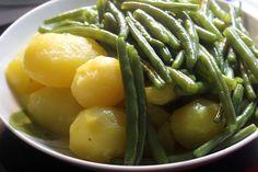 Oh, meine Leibspeise! Erdäpfel mit Fisolen (aka. Kartoffeln mit grünen Bohnen) gabs bei Johanna