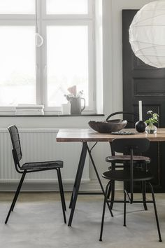 my scandinavian home: A Swedish home reminiscent of the Nordic winter landscape