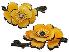 Vintage Brooch Lisner Brooch Flower Brooch by CommonCentsThrift