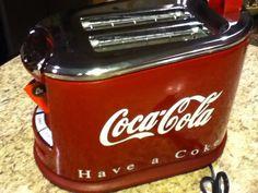 Coca-Cola Hamilton Beach Toaster I want one! Coca Cola Party, Coca Cola Decor, Coca Cola Bottles, Pepsi Cola, Coca Cola Kitchen, Always Coca Cola, World Of Coca Cola, Vintage Coke, Vintage Design