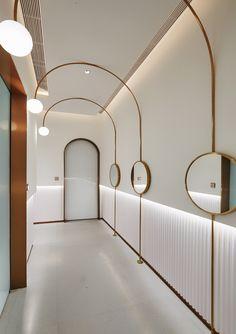 51 Archways That Create Seductive Spaces Restaurant Interior Design, Cafe Interior, Office Interior Design, Interior Exterior, Modern Interior, Interior Architecture, Corridor Lighting, Interior Lighting, Lighting Design