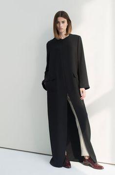 Bouguessa Collection: Front Slit Crepe Abaya with Straight Linen Pants Dubai Fashion, Abaya Fashion, Kimono Fashion, Modest Fashion, Trendy Fashion, Runway Fashion, Fashion Dresses, Women's Fashion, Maxi Dresses