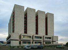 Slovak National Archives, Bratislava (1960s) Movement In Architecture, Concrete Architecture, Interior Architecture, Modern Castle, Constructivism, Building Structure, City Landscape, Le Corbusier, Brutalist