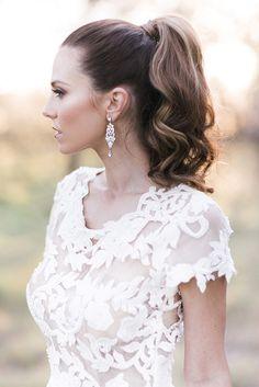 Modern high pony wedding hair | Kaitlin Maree Photography