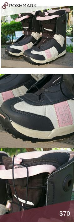 Snowboarding Boots - Woman's Solomon Dawn Size 6.5  Solomon Dawn Woman's Autofit Worn a handful of times, but still in great condition. US size 6.5 / EUR 38 I wear a 7 and these fit me perfectly. Color: Pink, Brown and White Solomon Dawn Shoes Athletic Shoes