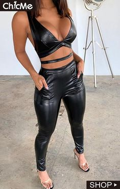 Dope Swag Outfits, Sexy Outfits, Fashion Outfits, Leather Bra, Leather Pants, Leather Jackets, Black Leather, Clubbing Outfits, Leder Outfits