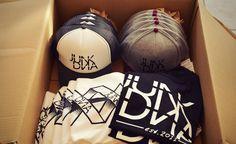 Los geht´s mit der urigen Fracht - Viel Glück für Samstag Jungs!! #urich #bandmerch #junkDNA  Jetzt im Shop: http://www.urichdesign.com/junk-dna