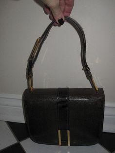 Shop my closet on @Jodie Guirey. I'm selling my Holt Renfrew Bag. Only $147.00 Holt Renfrew, Great Deals, Messenger Bag, Purses And Bags, Satchel, Shop My, Shoe Bag, Money, Shoes