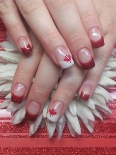 Having short nails is extremely practical. The problem is so many nail art and manicure designs that you'll find online Fancy Nails, Cute Nails, Pretty Nails, Gel Nail Designs, Nails Design, Holiday Nail Art, Canada Day, Gel Nails, Aqua Nails