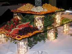 Trendy Ideas For Fruit Table Buffet Cheese Display Catering Buffet, Catering Display, Catering Food, Wedding Catering, Food Display Tables, Catering Ideas, Buffet Set Up, Styling A Buffet, Party Trays