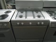 Appliance city whirlpool 30 inch self cleaning glass top for What is the bottom drawer of an oven for