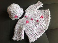 Ensemble BRASSIÈRE et BONNET Rose PAPILLONS pour PREMA : Mode Bébé par coeur-de-layette