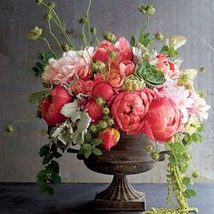 Beautiful flower arrangements Asher Socrates by As. - Beautiful flower arrangements Asher Socrates by As. Rosen Arrangements, Spring Flower Arrangements, Beautiful Flower Arrangements, Flower Centerpieces, Spring Flowers, Beautiful Flowers, Peony Arrangement, Peonies Centerpiece, House Beautiful