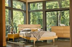 Bring a laid back, natural look to your bedroom with our Greenington Bamboo Currant Platform Bed.