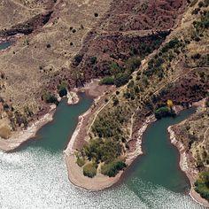 Le lac du Salagou Languedoc Roussillon, Rando, Nature, Outdoor, Beautiful Places, Travel, Vacation, Landscape, Projects