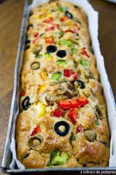 Przepis na pyszny keks wytrawny z warzywami - wersja włoska Healthy Bread Recipes, Low Carb Recipes, Cooking Recipes, Cocina Natural, Good Food, Yummy Food, Snacks, Food Inspiration, Food Porn