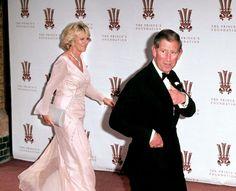 Camilla Parker Bowles éprouvée par le décès de la compagne de son fils, à 42 ans - Madame Figaro Camilla Parker Bowles, Diana Spencer, Prince Charles, Georgia, Figaro, Madame, Royals, Icons, Formal