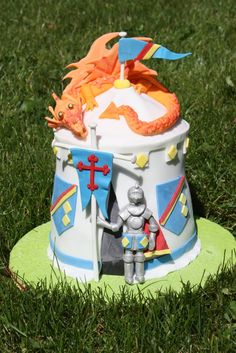 Magnificent knight and dragon cake