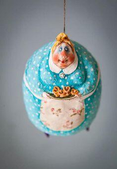 White Ornaments, Santa Ornaments, Clay Dolls, Art Dolls, Christmas Toys, Christmas Decorations, Polymer Clay Ornaments, Humpty Dumpty, Paperclay