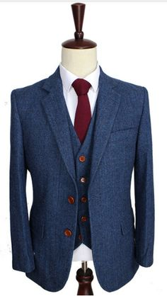 Gender :Gentlemen Package Includes: 1 Suit, 1 Vest & 1 Pants Style: High Quality Vintage Clothing Length:Regular Front Style:Flat Closure Type:Single Breasted Material: 100% High Quality Blue Wool Pan
