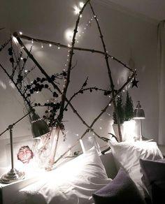 weihnachtsdeko f r au en vor der t r festlich dekorieren. Black Bedroom Furniture Sets. Home Design Ideas