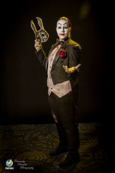 My Sander Cohen cosplay from Wizard World - Chicago 2018 🐰 #SanderCohen #cosplay #chicago #wizardworld #wizardworldchicago #wizardworldcomiccon #splicermask #bioshock #bioshock1 #bioshockcosplay #cosplay #cosplayprogress #sanderfuckingcohen #sandercohencosplay #TheWildBunny #costume #cosplaying #convention #crossplay #painting #happy Bioshock 1, Bioshock Cosplay, Sander Cohen, Chicago, Joker, Costume, Happy, Painting, Fictional Characters