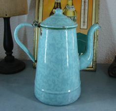 VINTAGE CAFETIERE EMAILLEE STYLE INDUSTRIEL LOFT ENAMELED COFFEE POT