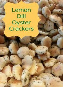 These lemon dill oyster crackers are addictive! You should probably plan to make a double batch so you actually have some left to share. Oyster Cracker Snack, Seasoned Oyster Crackers, Ranch Oyster Crackers, Gourmet Recipes, Appetizer Recipes, Snack Recipes, Cooking Recipes, Appetizers, Sushi Recipes