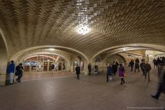 Whispering Galleries in Grand Central Station New York secret sights ©thewholeworldisaplayground