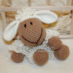 Wooly, the Sheep - Amigurumi crochet pattern