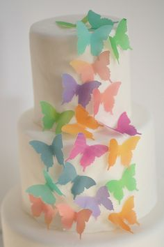 24 watercolor wafer paper butterflies for cake decorating, cupcake decorating and cookie decorating Wafer Paper Flowers, Wafer Paper Cake, Paper Butterflies, Butterfly, Cake Decorating Tips, Cookie Decorating, Paper Flower Tutorial, Cake Cover, Wedding Cake Toppers