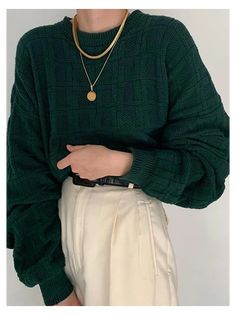 Retro Outfits, Cute Casual Outfits, Vintage Outfits, Summer Outfits, Green Outfits For Women, Autumn Outfits, Moda Oversize, Knit Sweater Outfit, Looks Dark