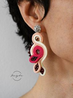 Pastel soutache earrings medium size, hot pink, peach blush and creme soutache earrings, simple foliage earrings in pastel colors by MagdoTouch on Etsy Soutache Earrings, Sapphire Earrings, Crystal Earrings, Crystal Jewelry, Gemstone Jewelry, Tiny Stud Earrings, Simple Earrings, Shibori, Jewelry Gifts