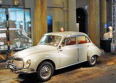 Um raro DKW Belcar, que rodou pelo Brasil entre os anos 50 e 60 (Foto: Divulgação)