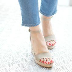Editors picks summer sandal on ShopStyle and ShopStyle Blog!