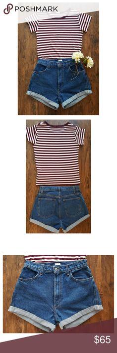 "JOHN GALT Brandy Melville Top & Denim Jean Shorts * Brand: John Galt  * BUNDLE SALE * Style: T Shirt,Top & High Waisted Shorts  * Size: OS & 28 * Color: Burgundy & White, Denim Blue * Fabric: 95% Cotton 5% Spandex - Shorts 100% Cotton * Details; Striped Shirt Sleeve Stretch Top-Made in Italy, Denim High Waisted Shorts 5 Pocket with Zip Fly. * Measurements; * Top: Bust 18"" flat across Waist: 15"" flat across Length: 22.5"" * Shorts: Waist: 28"" Hips: 36"" Front Rise: 12"" * Condition: Excellent…"