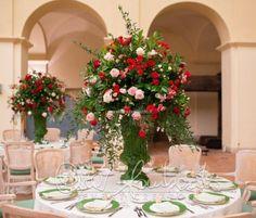 Un giardino incantato attende gli sposi per un ricevimento nuziale stile fiammingo