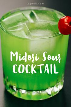 You're missing out if you don't know how to make this #easy #sweet #cocktail