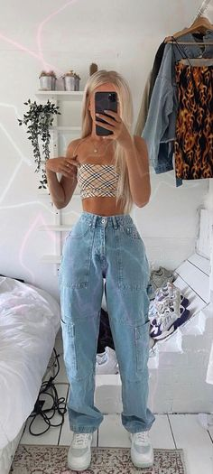 Teen Fashion Outfits, Retro Outfits, Look Fashion, Vintage Outfits, Girl Outfits, 80s Fashion, French Fashion, Fashion Hacks, Fashion Today