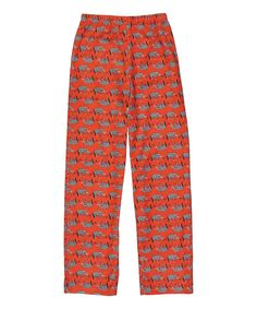 28353d13edc7 Featuring a vibrant print and a relaxed fit