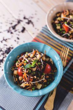 riso venere, mela, pomodorini, piselli e germogli di soia Orzo Salad, Rice Salad, Best Salad Recipes, Happy Foods, Vegetable Salad, Entrees, Meal Prep, Superfood, Good Food
